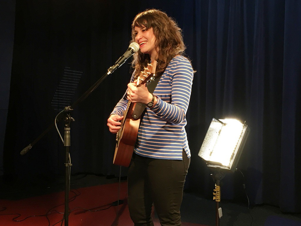 Singer-songwriter Lucy Michelle will perform at Star Studio.